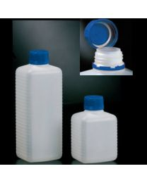 Bouteilles en polyéthylène avec bouchon bleu